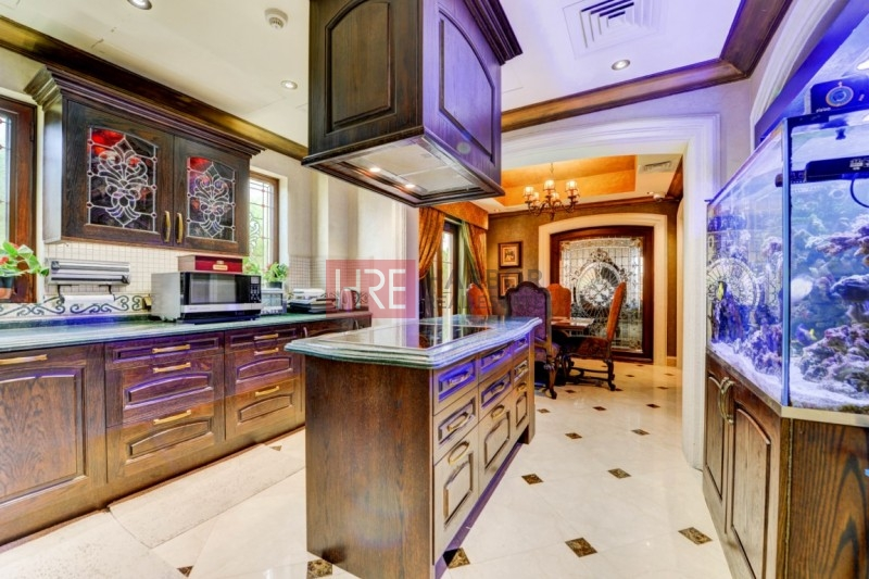 5 Beds Villa| Private Pool | Golf View!