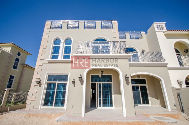 5br + Study And Terrace With Community Park View