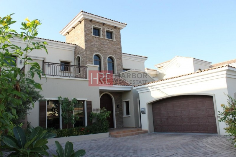 Golf Course View|Unique Large Plot| Private Swimming Pool