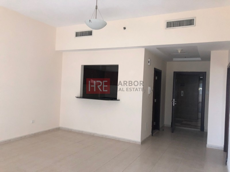 Spacious 1BR Apt for Rent with Golf View