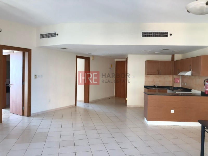 Amazing Deal! 2 Br Apt For Rent, Parking