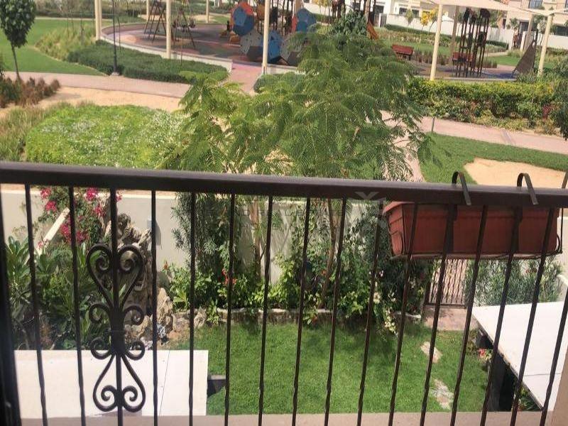 park-facing-3-bedroom-maids-villa-for-sale