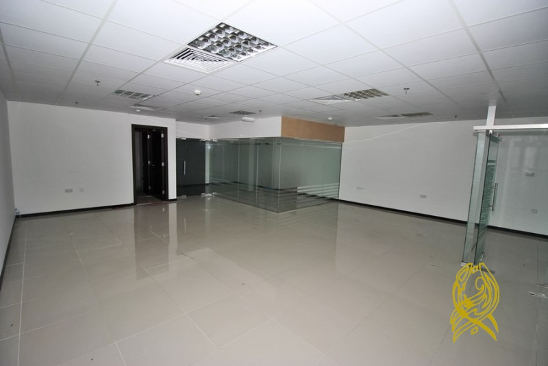 Fitted Office in Regal Tower at Business Bay Close to Metro