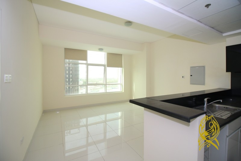Beautiful Apartment in Park Central at Business Bay