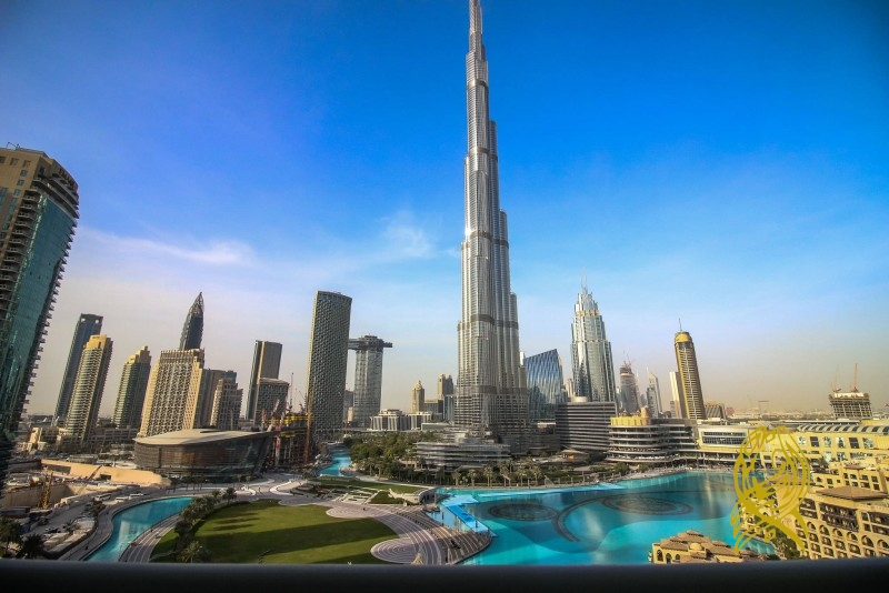 Superb 3 Bedroom with Fountain View in Burj Residence