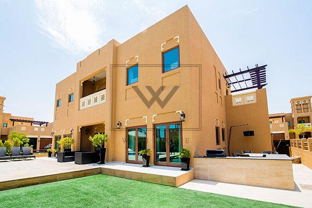 3 Bedrooms Indp with s/Pool Villa in Al Furjan