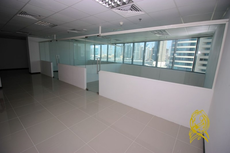 Beautifully Fitted Office in XL Tower at Business Bay