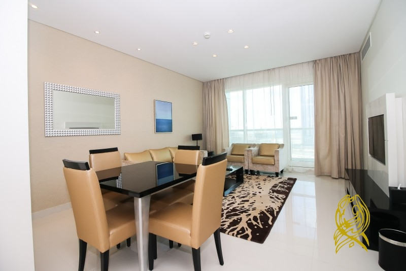 Superb 2 Bedroom with Maidsu2019 in Canal View at Business Bay