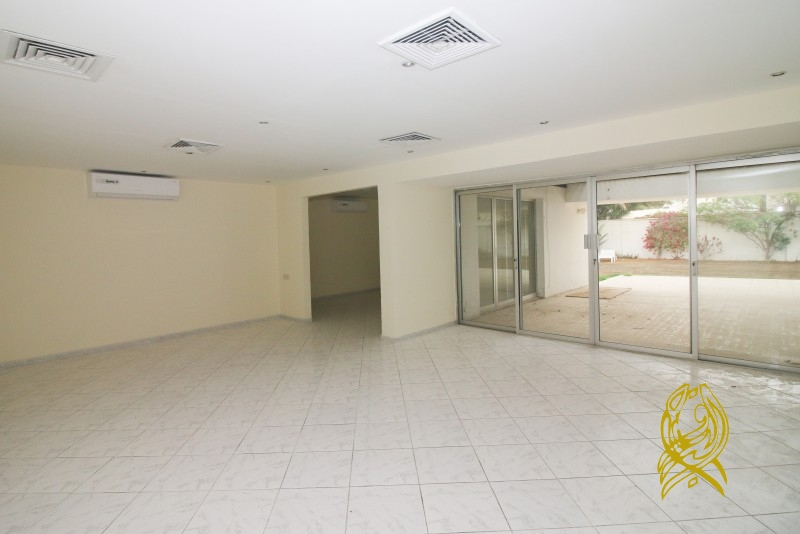 Luxury 3 Bedrooms with Private Pool in Al Wasl on 4 Cheques