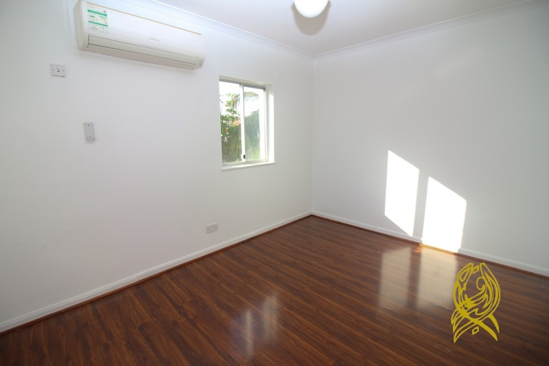 Lovely 3 Bedrooms with Maids' Room Townhouse at Umm Suqeium