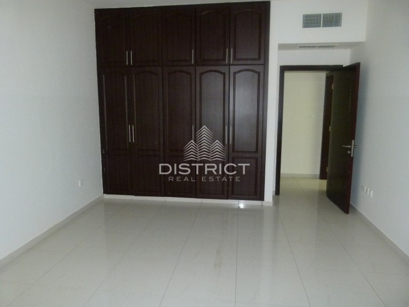 Superb 3 Bedroom Apt. in Al Khalidiya Area