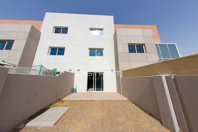 Contemporary Style 3BR Villa Available for Rent