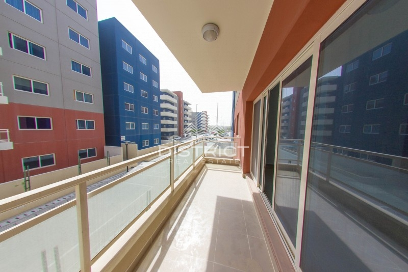well-maintained-2br-apartment-in-reef-dt