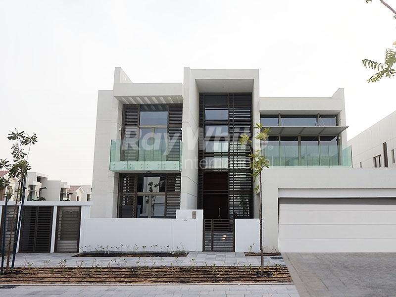 contemporary-corner-villa-in-mbr-city