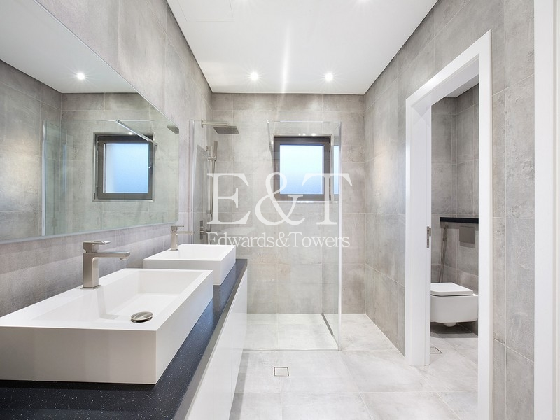 EXCLUSIVE|Med. Gallery View Tip Villa|PJ
