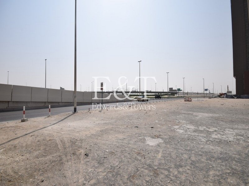Canal Facing | Res. Plot |  Business Bay