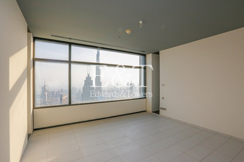 Panoramic Views  on High Floor - Vacant