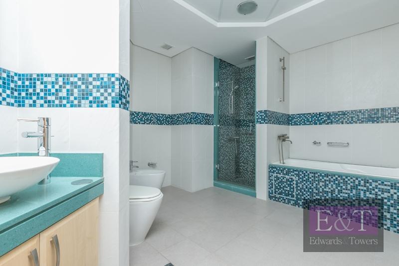 Stunning Duplex Penthouse   Type G    PJ