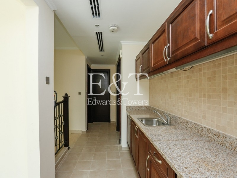District 4 |Vacant to move inn|4 BR | JP