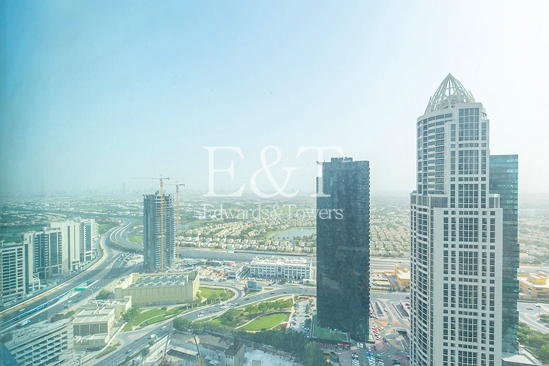 Office with Great View High Floor Close Metro