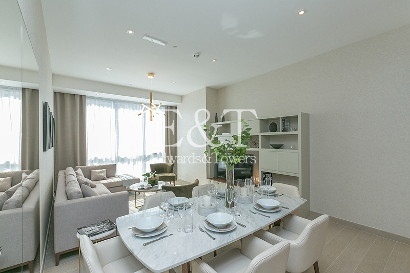 Massive 3 bed w/terrace|Only 1100 per sq ft