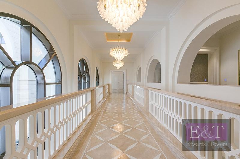 Direct Access To Lagoon| Mediterranean Mansion