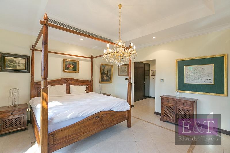 4 bedroom detached CC, inside M frond