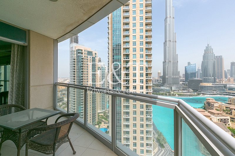 Stunning View   Upgraded   Fully Furnished