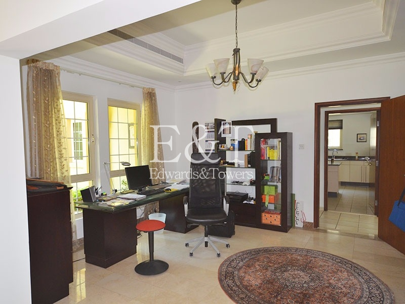 Best Central Lake View| 5BR+Maids Master View|JI