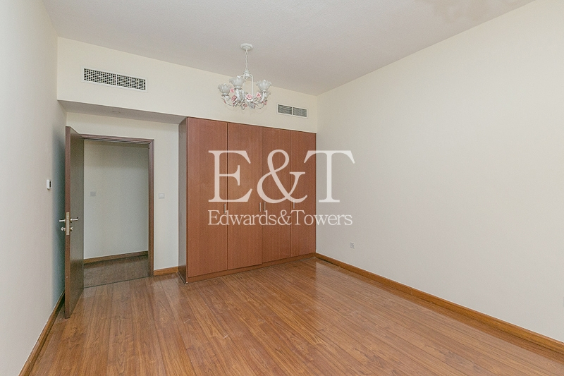 Partial Sea View | Maintained| Parquet floor