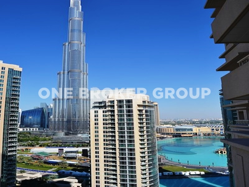 Large 1BR, High Floor, Stunning views