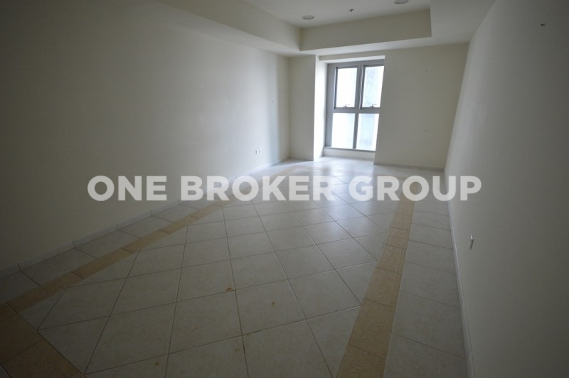 Vacant 1BR high floor partial Sea and Skydive View