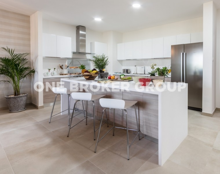 2BR Apartment, Andalus Jumeirah Golf Estate, Equipped kitchen