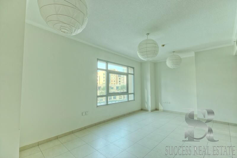 2 BR|Burj Residence 7 | Lake & Partial Burj View