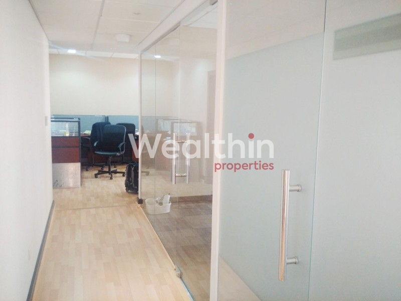 A Super Furnished Office Available for Rent in Sheikh Zayed Road
