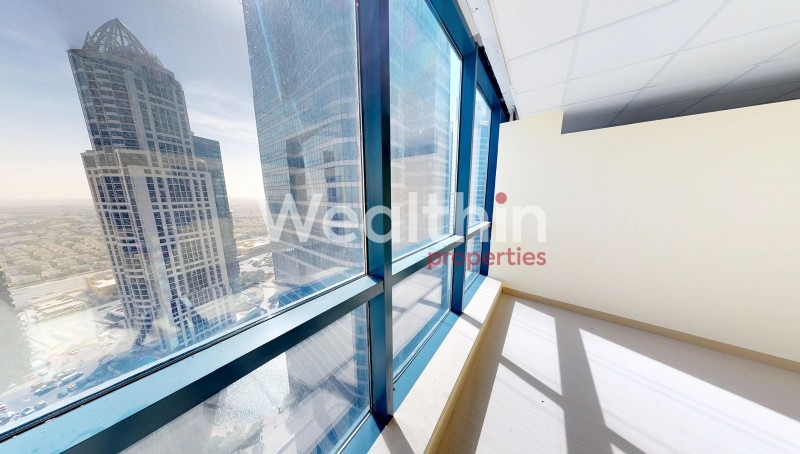 Vacant,  Fitted With Lake View Office For Sale In X3