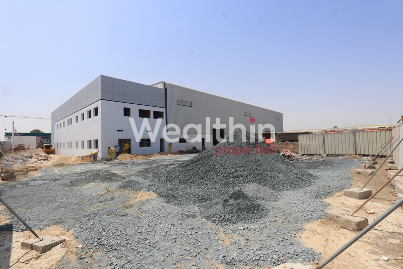 Fitted Warehouse In Al Quoz 1|Unfurnished