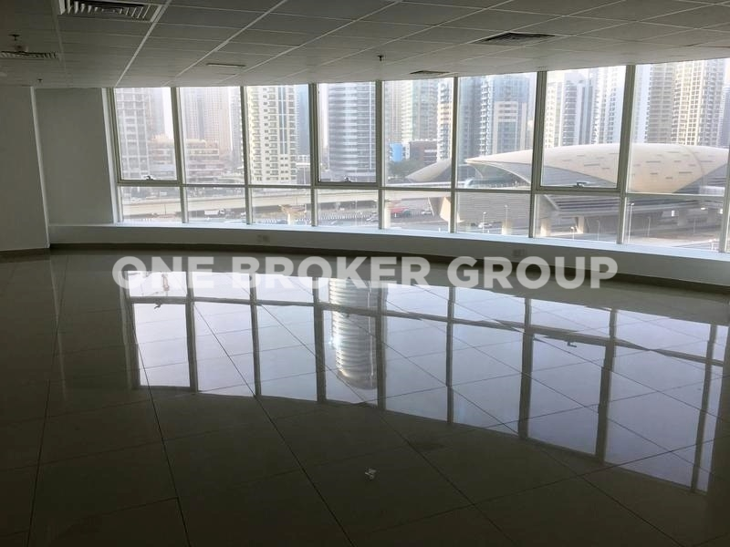 Fitted Office Space in Fortune Tower,Close to the Metro