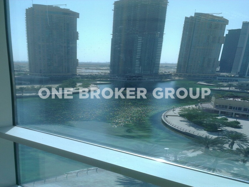 Lake View, Furnished Office with Partitions