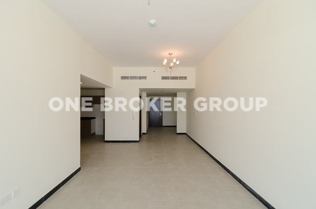 1BR Apt with the Largest layout, High Floor