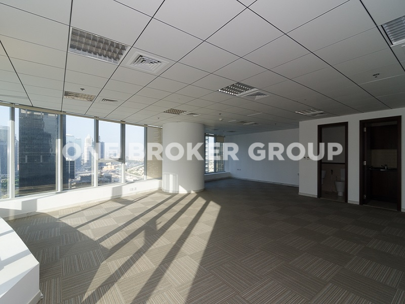 High Floor Fully Furnished Office