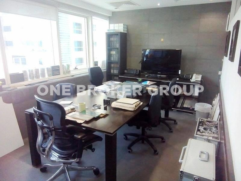 Fully Furnished Office, Partitioned