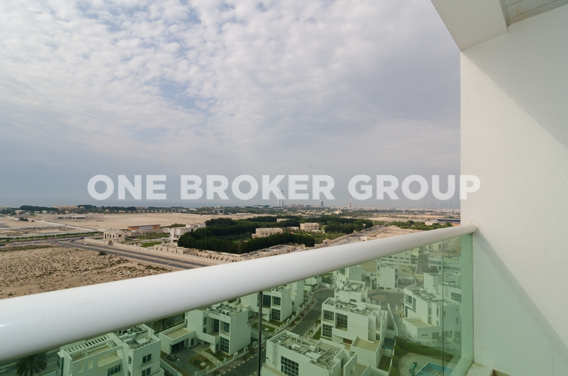 High Floor,Furnished 2 Bed Unit Sea View