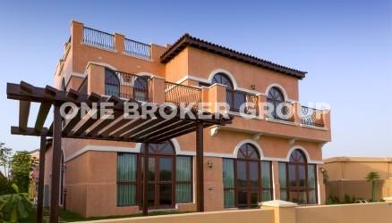 Vacant Villa,Garden View,Private pool, BBQ Area