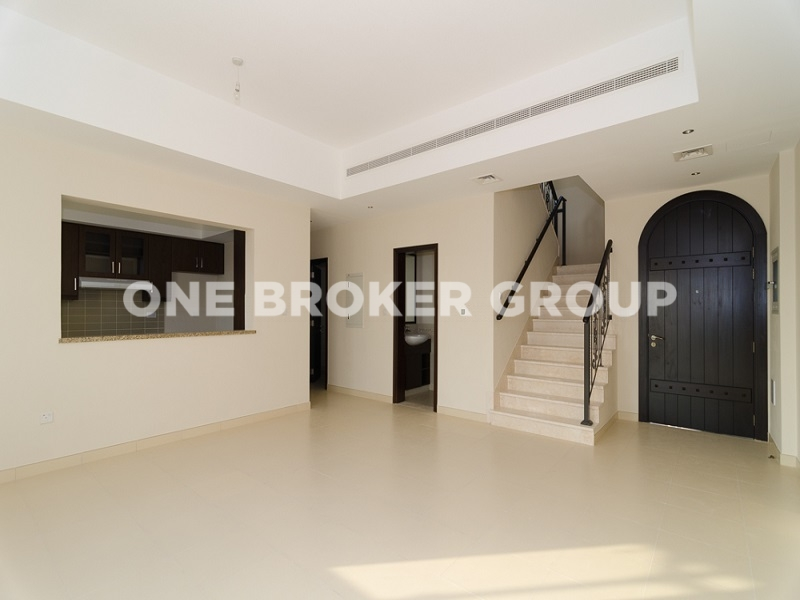 Rented Townhouse Type 3M Villa,Back to Back