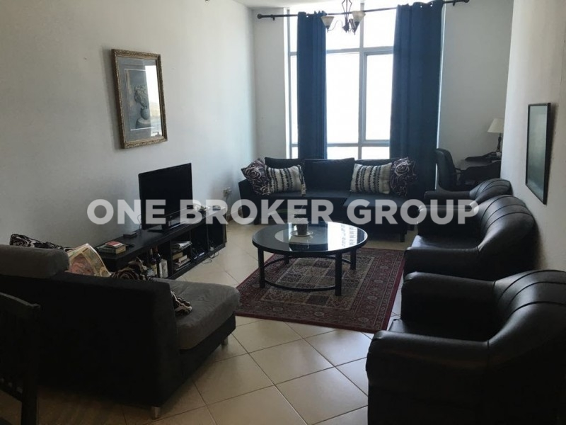 Furnished 1BR Apt, Near Metro Station
