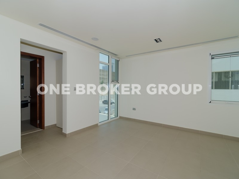 4 Bedroom Contemporary Style Fulva Villa