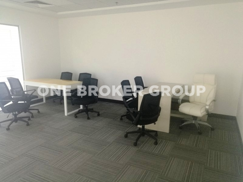 Multiple Offices Available,Multiple Chqs