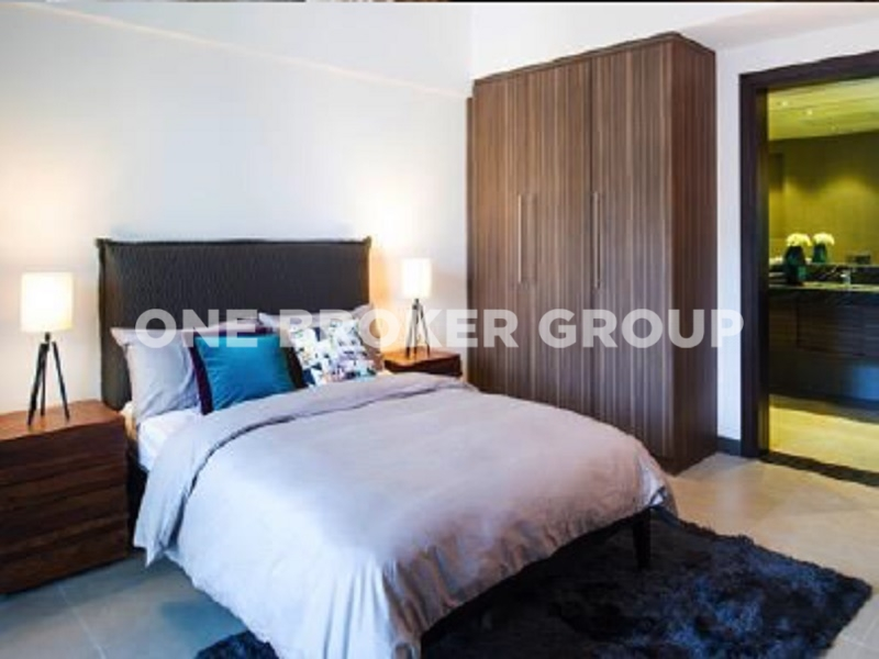 Brand New 1BR, Vacant, Pool and City View