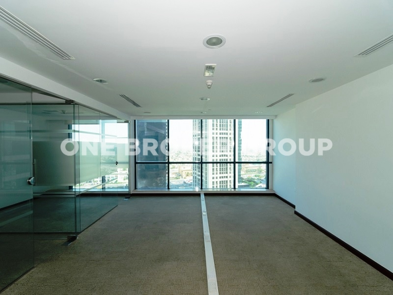 Fully Fitted Office, Vacant,Jumeirah Bay
